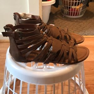 NWOT madden girl sandals